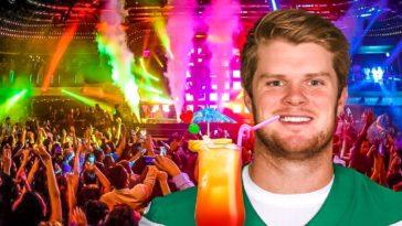 Sam Darnold Gets Wasted At NYC Club