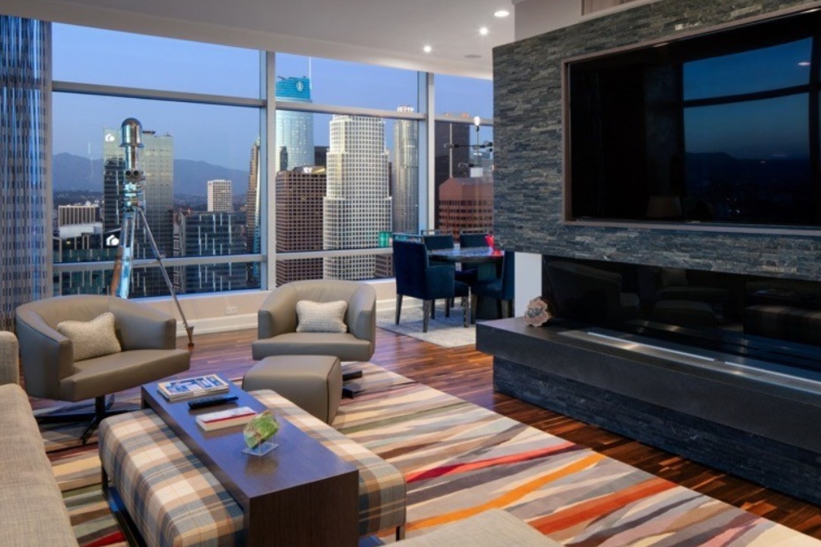 Kawhi Penthouse 5