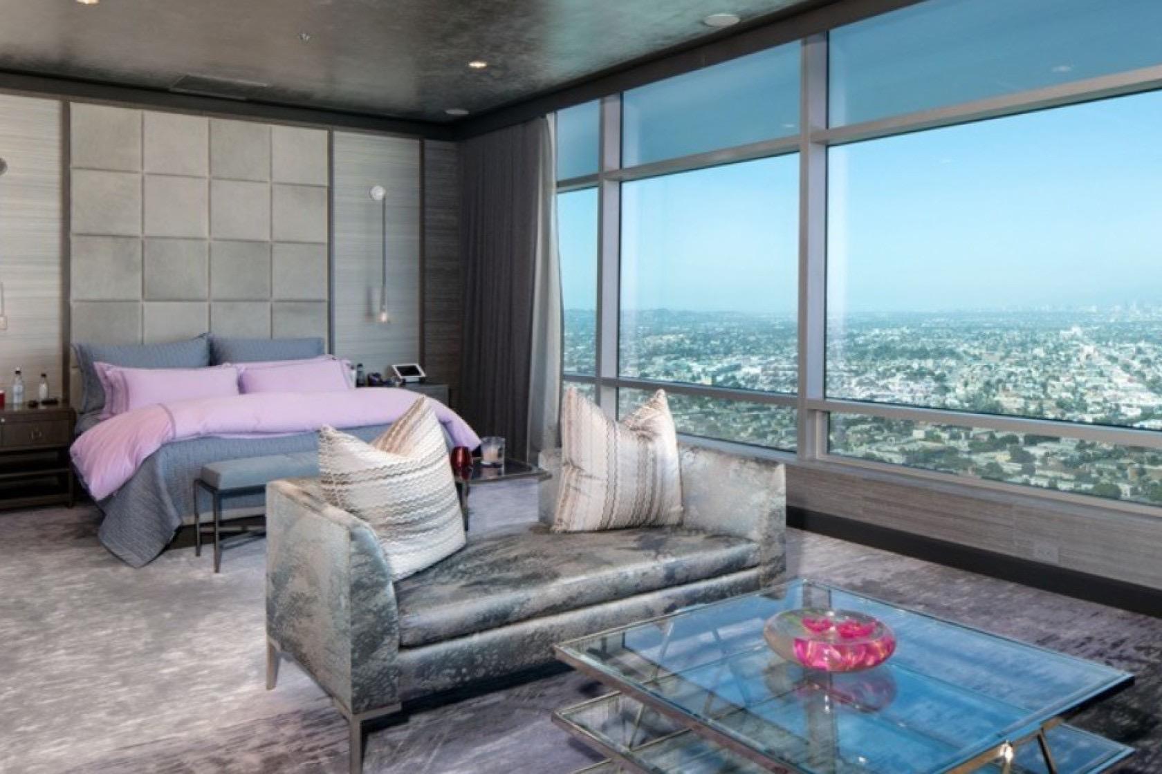 Kawhi Penthouse 7