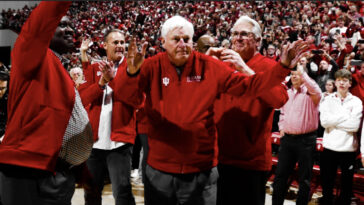 Bobby Knight Returns To Indiana